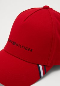 Tommy Hilfiger - UPTOWN  - Casquette - red - 3