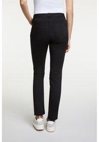 Oui - Slim fit jeans - black - 2
