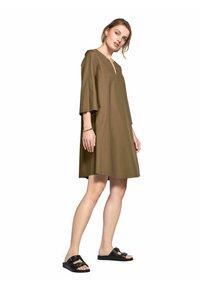 RIANI - Jersey dress - khaki - 0