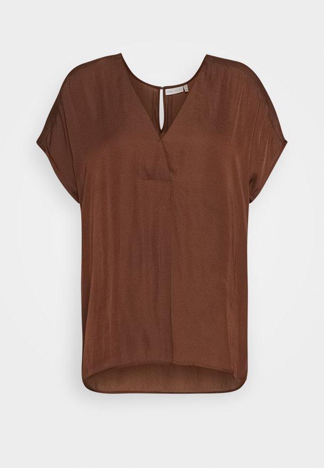 RINDA - Bluser - coffee brown
