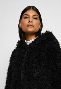 ONLY - ONLMELANIE HOOD JACKET - Winter coat - black - 4