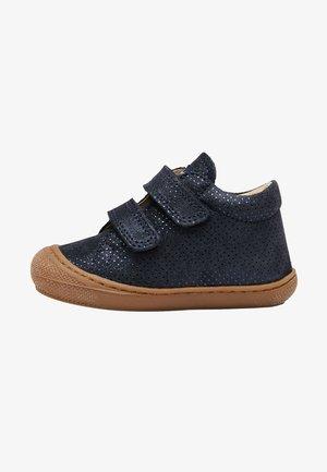 COCOON VL - Baby shoes - blau