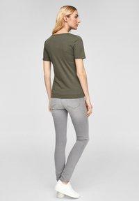 s.Oliver - Basic T-shirt - khaki - 2