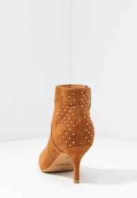 Shoe The Bear - VALENTINESTUD - Ankle boots - tan - 5