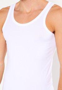 BOSS - SLIM FIT - Undershirt - white - 3