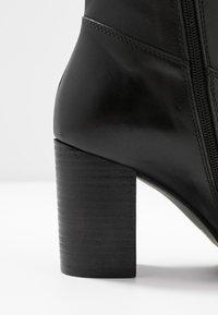 Lazamani - Høje støvler/ Støvler - black - 2