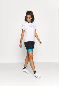 Zimtstern - STARDUZT TEE - Print T-shirt - white - 1
