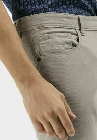camel active - REGULAR FIT  - Trousers - sand - 3