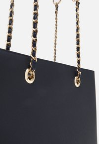 Dorothy Perkins - CHAIN HANDLE - Tote bag - navy/gold-coloured - 4