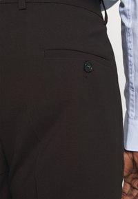 Lindbergh - PLAIN MENS SUIT - Kostym - dark burgundy melange - 9