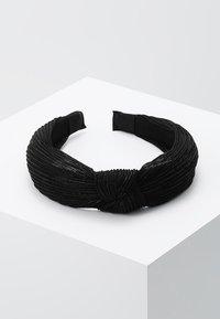 Pieces - Příslušenství kvlasovému stylingu - black - 0