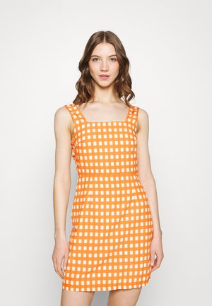 MAYA - Day dress - rust gingham