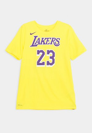 NBA LA LAKERS LEBRON JAMES BOYS ICON TEE - Klubové oblečení - amarillo