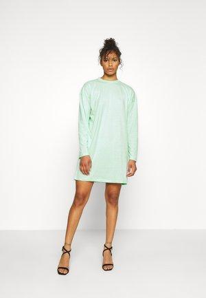 OVERSIZED LONG SLEEVE T SHIRT DRESS - Jersey dress - mint