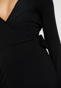 Even&Odd Petite - Vestito di maglina - black - 5