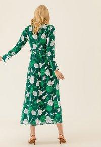 IVY & OAK - Maxi dress - evergreen - 2