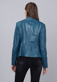 Basics and More - Leather jacket - oil blue - 1