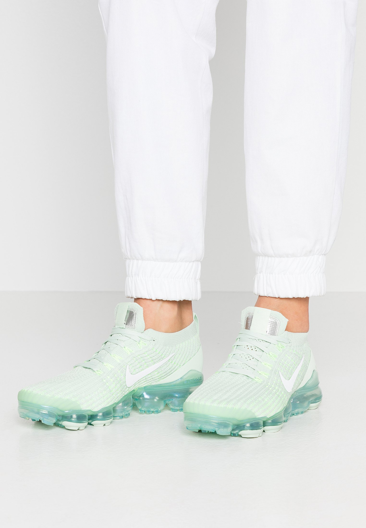 Cubeta Descomponer Noveno  Nike Sportswear AIR VAPORMAX FLYKNIT - Trainers - jade aura/white/pistachio  frost/ghost green/metallic silver/green - Zalando.ie
