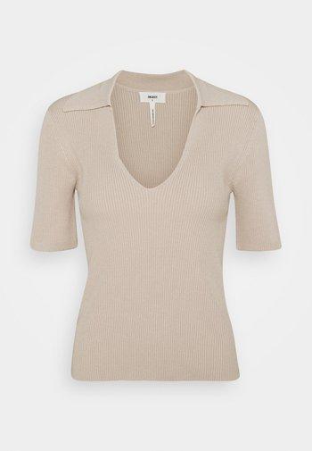 OBJENYA - Basic T-shirt - silver gray
