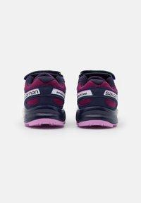 Salomon - SPEEDCROSS BUNGEE UNISEX - Hiking shoes - plum caspia/evening b/orchid - 2