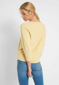 ORSAY - Jumper - pale yellow - 1