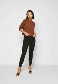ONLY Petite - ONLROYAL BIKER - Jeans Skinny Fit - black - 1