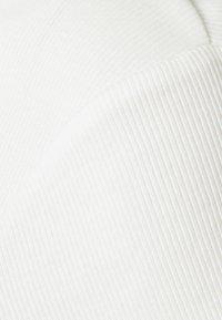 Zign - 2 PACK - Basic T-shirt - black/white - 6