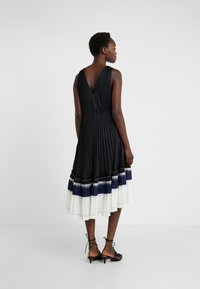 3.1 Phillip Lim - VNECK PLEATED DRESS - Cocktail dress / Party dress - black - 2