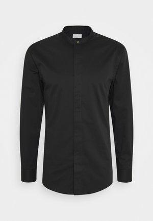 FORWARD - Formální košile - black