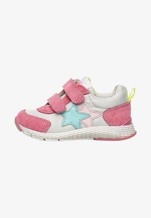 Baby shoes - fuchsie