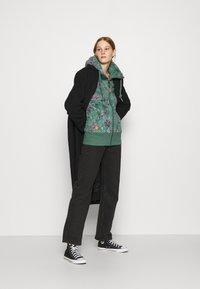Ragwear - NESKA FLOWERS ZIP - Hettejakke - green - 1