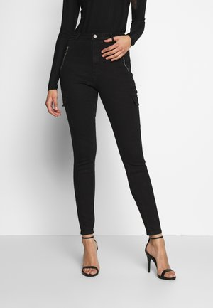 SKINNY POCKET CARGO - Jeans Skinny Fit - black