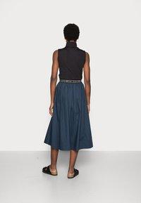 esmé studios - CALLA MIDI SKIRT - A-line skirt - dark sapphire - 2