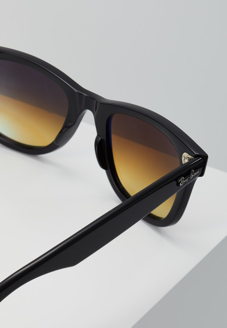 Ray-Ban WAYFARER - Sonnenbrille - black/schwarz - Herrenaccessoires TTqST