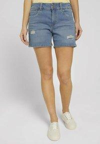 TOM TAILOR DENIM - CAJSA - Denim shorts - used light stone blue denim - 0