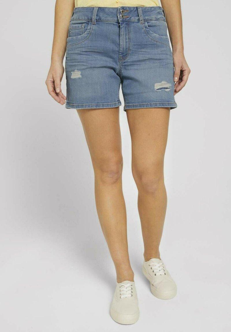 TOM TAILOR DENIM - CAJSA - Denim shorts - used light stone blue denim