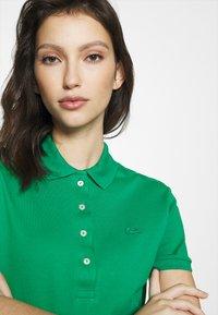 Lacoste - Polo shirt - verdier - 3