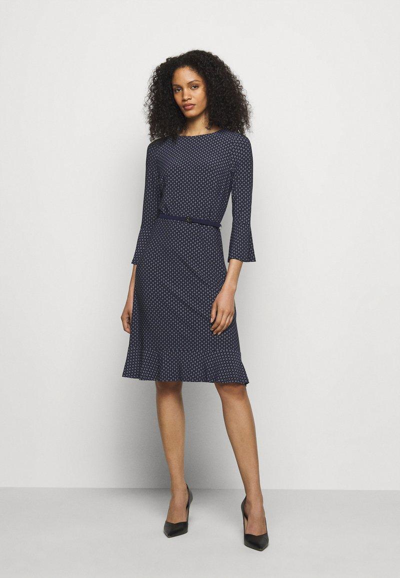 Lauren Ralph Lauren - PRINTED DRESS - Jersey dress - navy/colonial