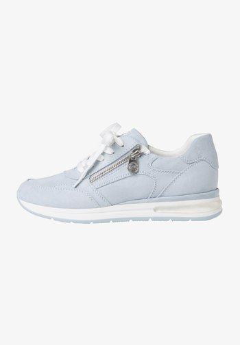 Sneakers laag - lt blue