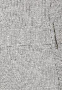 Missguided Maternity - MATERNITY BELTED SPLIT SIDE MIDI DRSS - Jersey dress - grey marl - 2