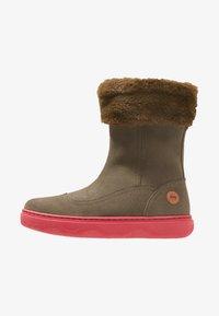 Camper - KIDDO - Winter boots - grey/pink - 1