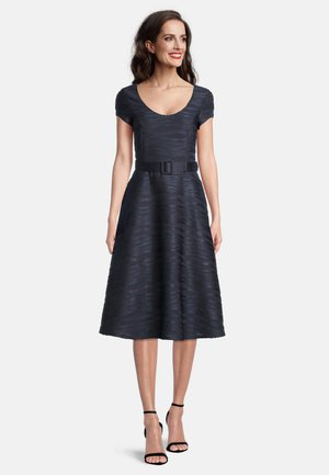 MIT GÜRTEL - Cocktail dress / Party dress - blue graphite