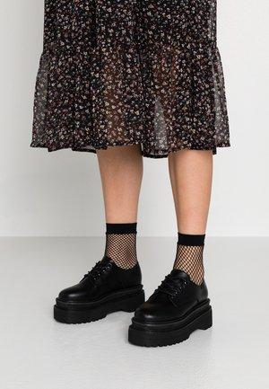 ENIA - Šněrovací boty - black