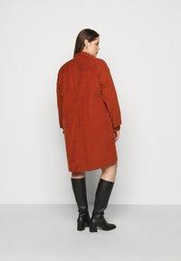 Lee Plus - WORKSHIRT DRESS - Shirt dress - red ochre - 2
