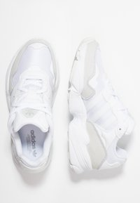 adidas Originals - YUNG-96 - Trainers - footwear white/grey two - 1