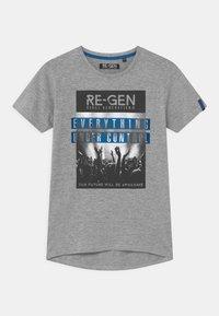 Re-Gen - TEEN BOYS - Print T-shirt - grey melange - 0
