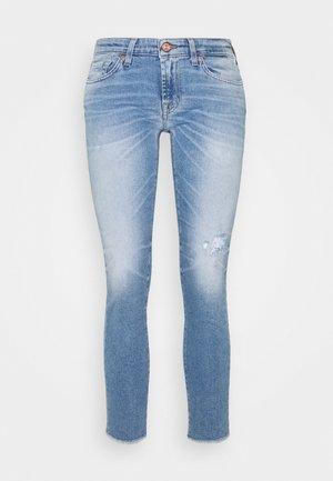 PYPER CROP LUXVINBLUEYEDIS - Slim fit jeans - light blue