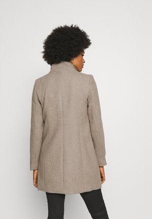VMCLASSLINE - Classic coat - sepia tint