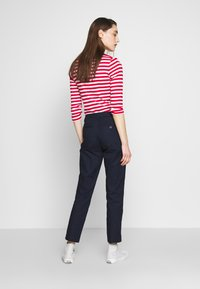 Benetton - TROUSERS - Chinos - navy - 2