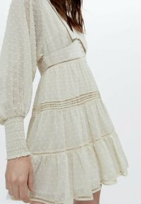 Uterqüe - Robe chemise - white - 4